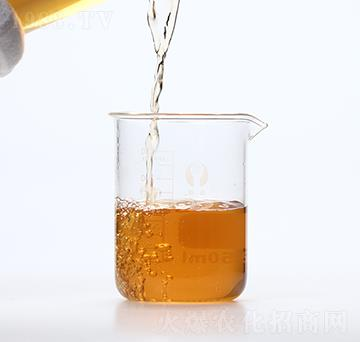 浅黄色动物源氨基酸原液-润佳圣